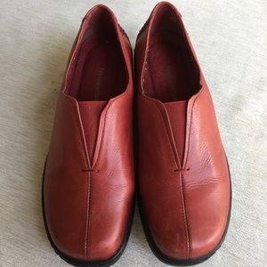 Naturalizer Red slip on shoes